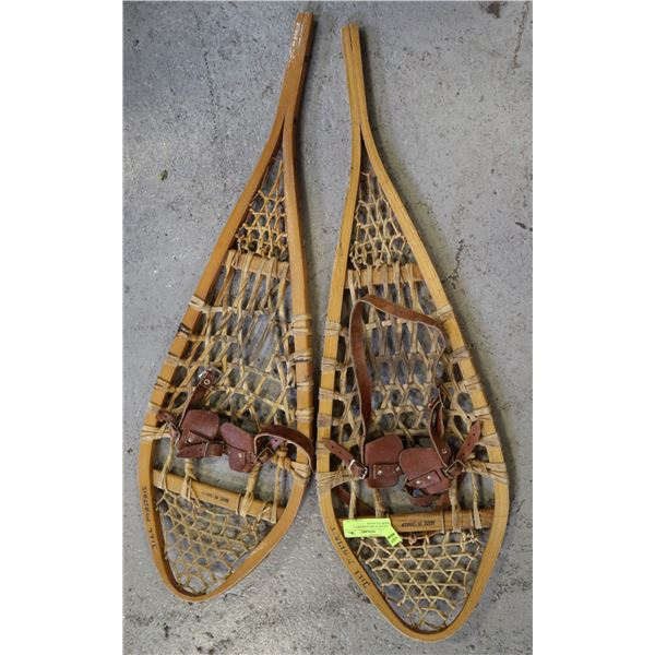 VINTAGE WOOD SNOWSHOES , MADE IN CANADA