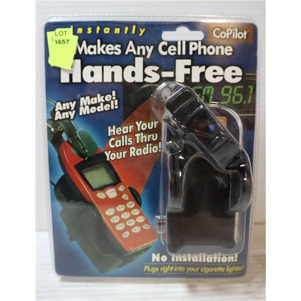 COPILOT PHONE HOLDER *MAY NOT HOLD NEWER PHONES