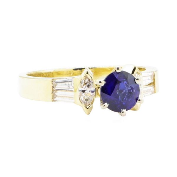 1.39 ctw Sapphire and Diamond Ring - 14KT Yellow Gold