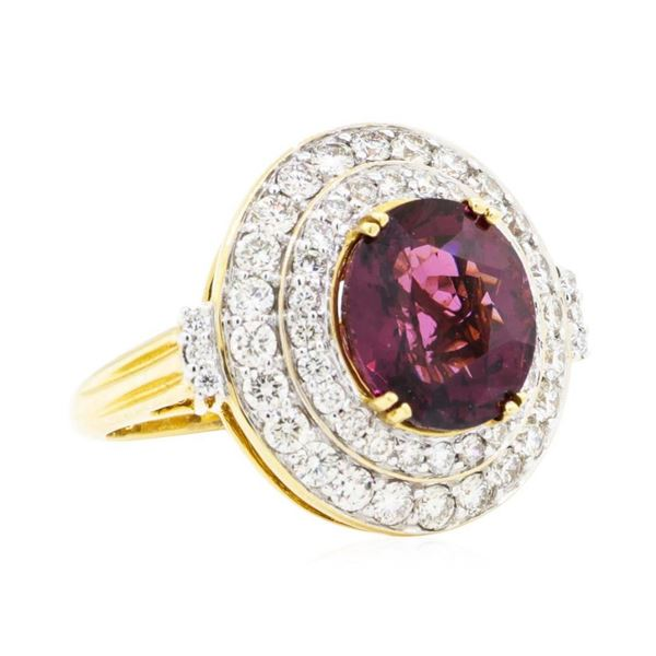 6.64 ctw Oval Mixed Lavender Spinel And Round Brilliant Cut Diamond Ring - 18KT