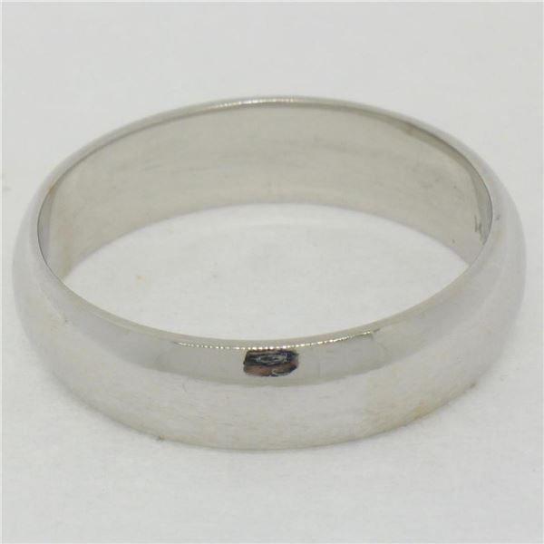 Classic Unisex 14K White Gold 5.0mm Domed Polished Comfort Fit Wedding Band Ring