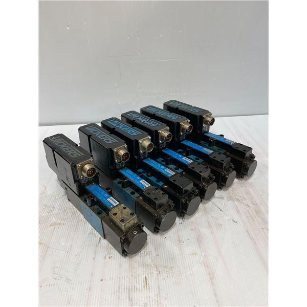 (6) Vickers # KBFDG4V 3 33C20N Z PC7 H7 10 Valves