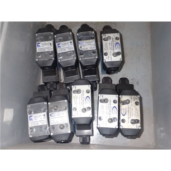 Lot of (9) Continental Hydraulics Directional Control Valves