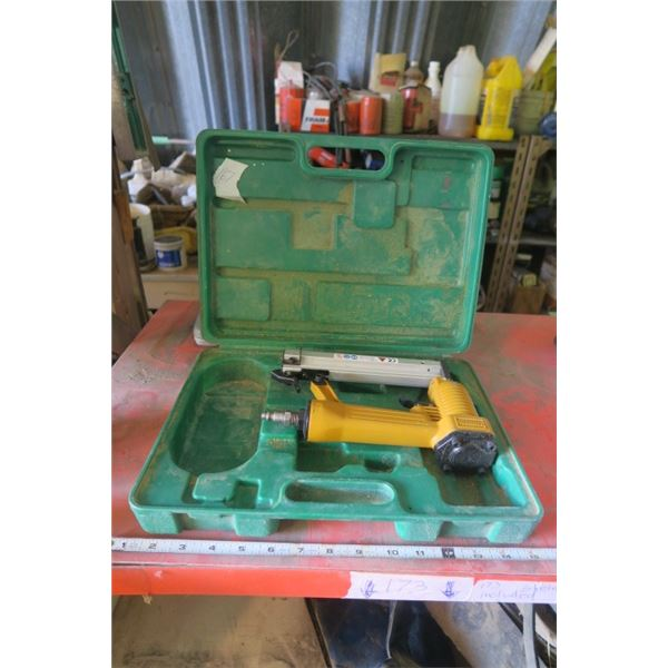 Air Nailer in Unmatching Case