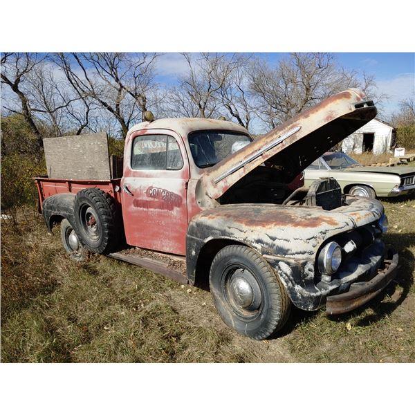1951 Ford F3 Truck Dump Box w/ Hoist DFA83AH51-5113