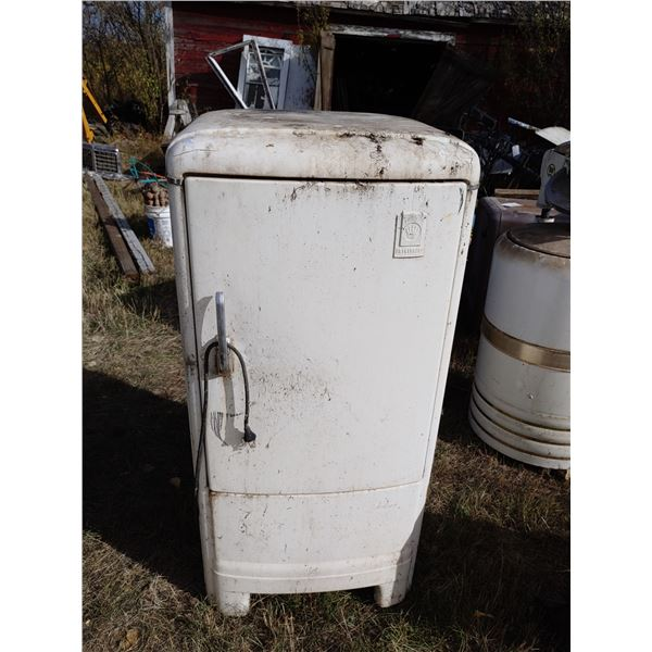 Antique Frigidaire Refrigerator