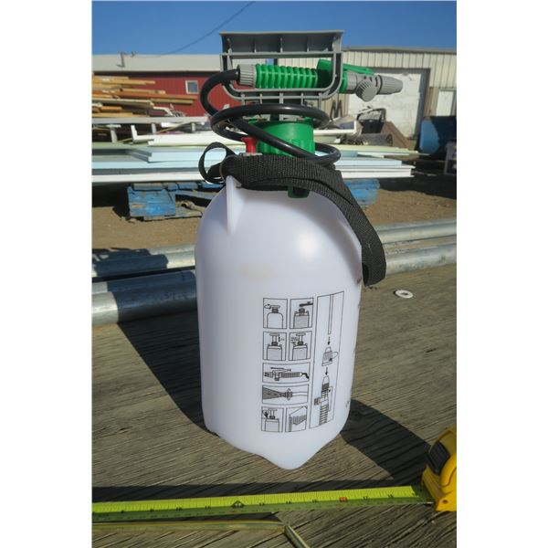 Pesticide Sprayer in Box (Wand is Bent)