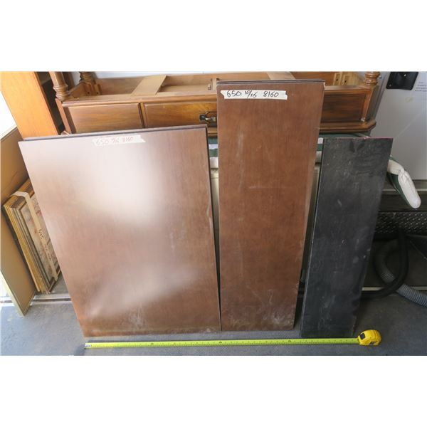 Lot of Shelving Pieces