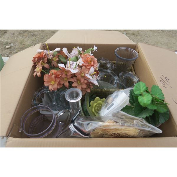 Box of Vases / Artificial Flowers