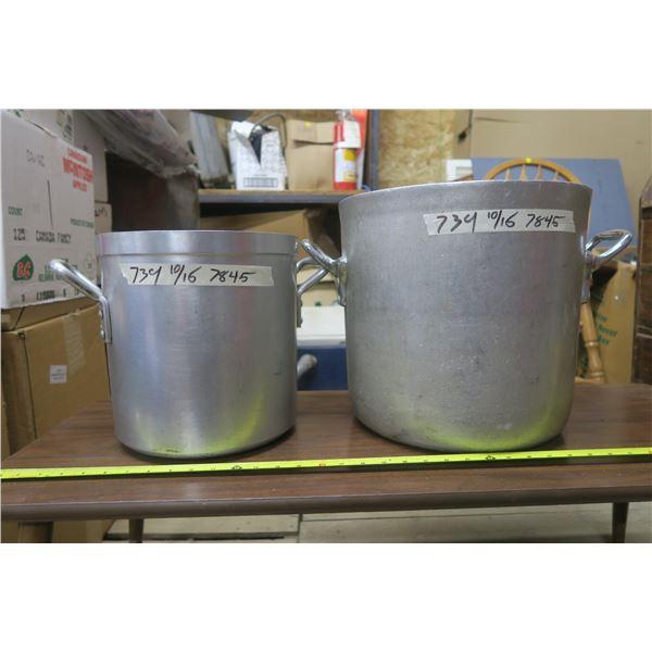 2 Soup Pots