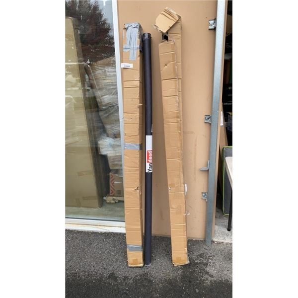 2 PROJECTOR SCREENS AND PROJECTOR SCREEN MATERIAL