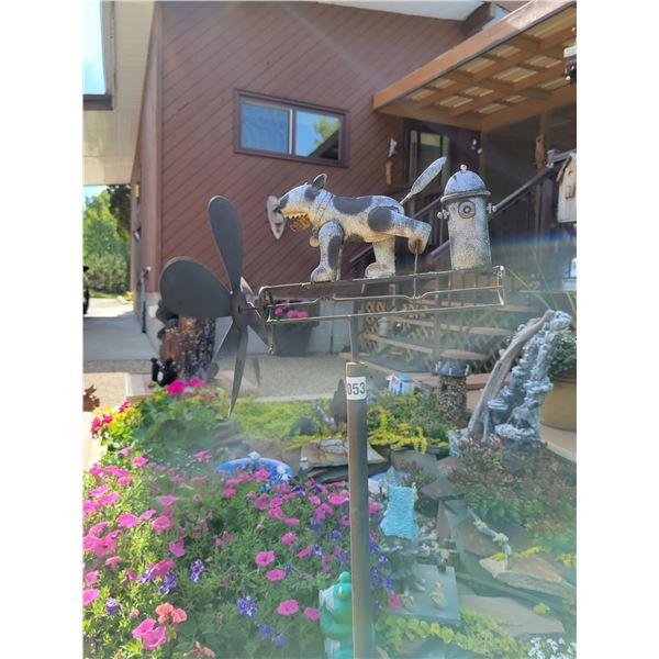 Sutton Birdhouse - Dog Windmill