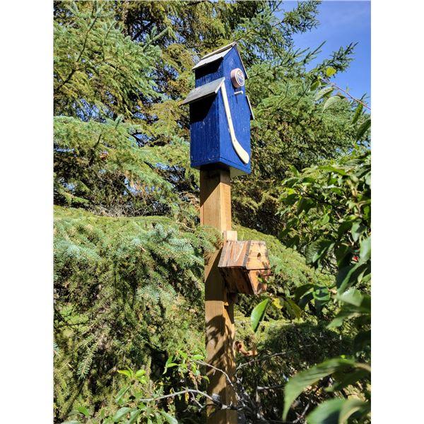 Freestanding Birdhouses