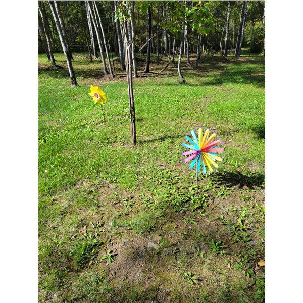 Metal Art - 2 Windmills & 2 Red Dragon Lawn Ornaments