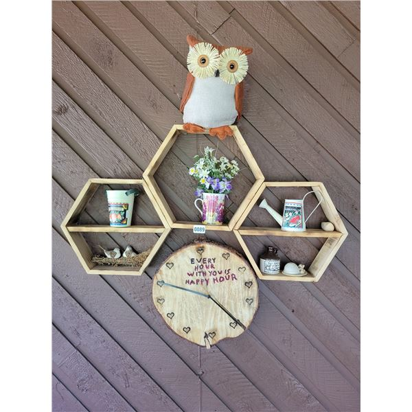 Assorted Wooden Patio Wall D'cor