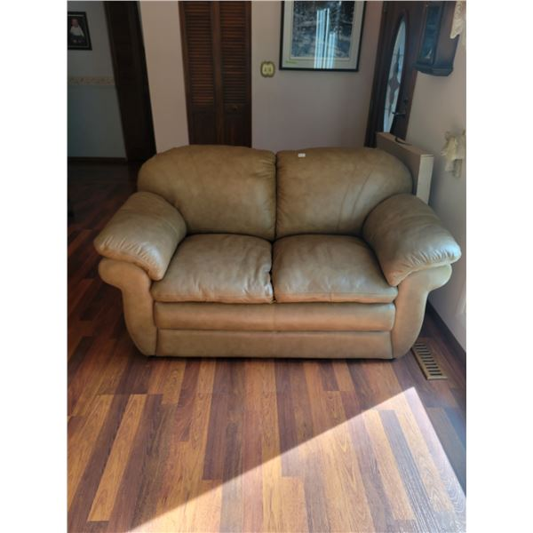 Brown Leather Lazy-Boy Loveseat