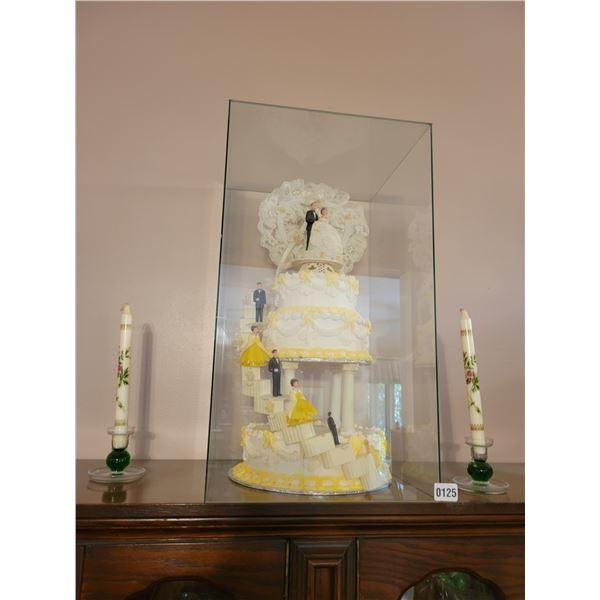 Wedding Cake Topper in Case