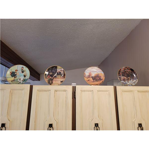 4 Decorative Plates