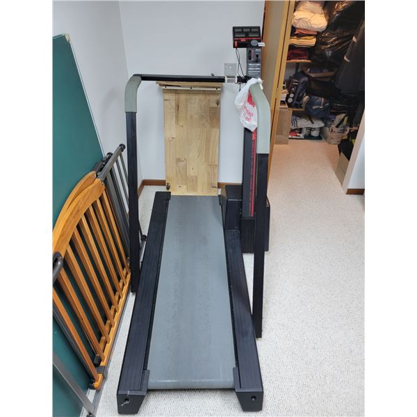 DP Concourse Treadmill Series 8.55 GI
