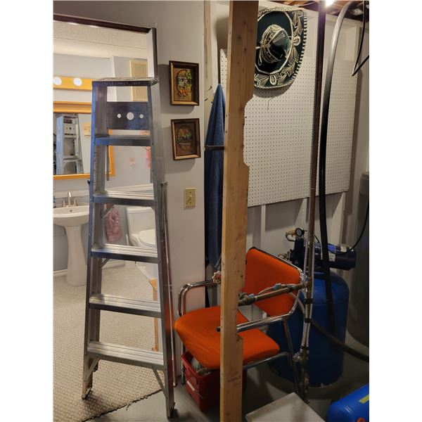 6' Foot Ladder Model 506 - Chair - Sombrero & Pictures