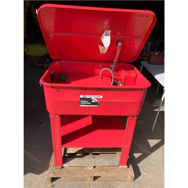 HYDROFLOW PARTS WASHER; AMERICAN FORGE & FOUNDRY; 5 GALLONS OF PARTS CLEANING SOLUTION