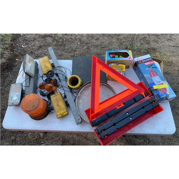 MISCELLANEOUS LOT; 12V LIGHTS; ROAD TRIANGLES; FIRE EXTINGUISHER