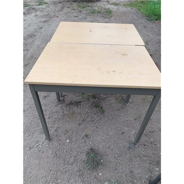 2-2 FT X 3 FT ADJUSTABLE HEIGHT DRAFTING TYPE TABLES