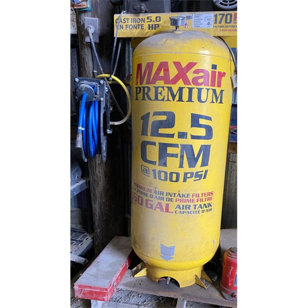 MAXAIR 12.5 CFM AIR COMPRESSOR - 60 GAL - GOOD WORKING CONDITION