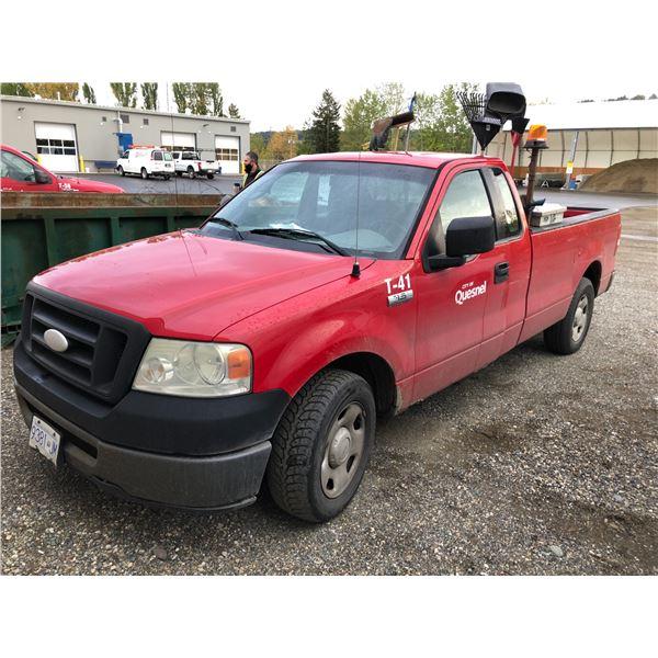 2006 FORD F-150 XL TRITON,  EXTRA CAB PU, RED, VIN#1FTRF12W16NA52469