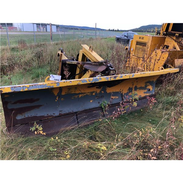 LONDON 10' HYDRAULIC ANGLE SNOW BLADE FOR 950 LOADER WITH CUTTING EDGE TRIP SPRINGS