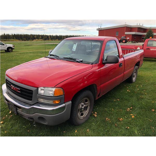 2004 GMC SIERRA 1500, 2DR, REGULAR CAB PU, RED, VIN#1GTEC14V34Z188328