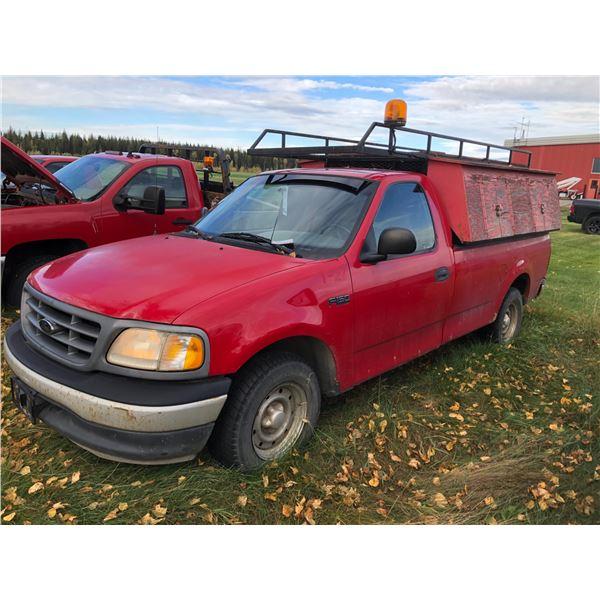2000 FORD F-150, 2DR, REGULAR CAB PU, RED, VIN#2FT2F1725YCA16668