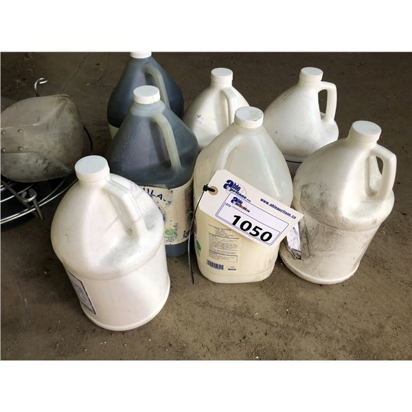 LOT OF LIQUID CLEANING SUPPLIES