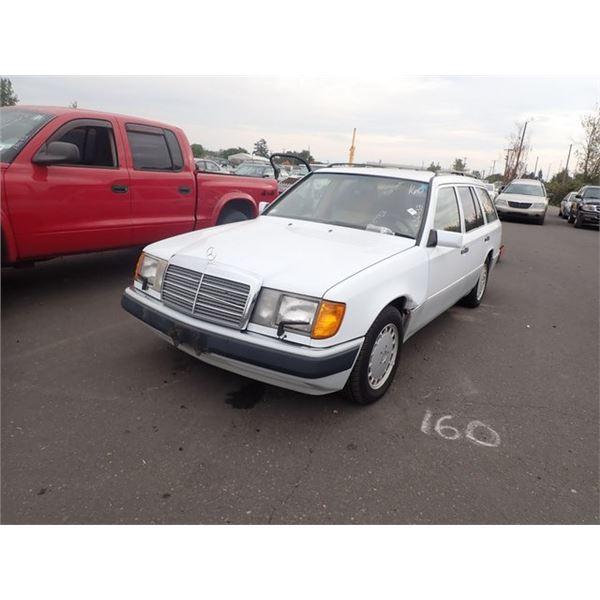 1991 Mercedes-Benz 300TE
