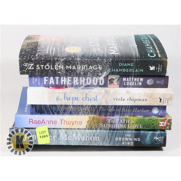 BUNDLE OF ASSORTED BOOKS