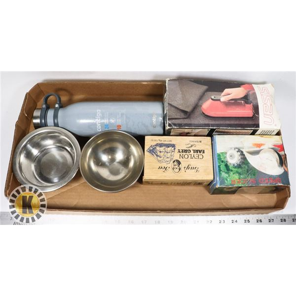 FLAT OF ASSORTED HOME ITEMS INCLUDING