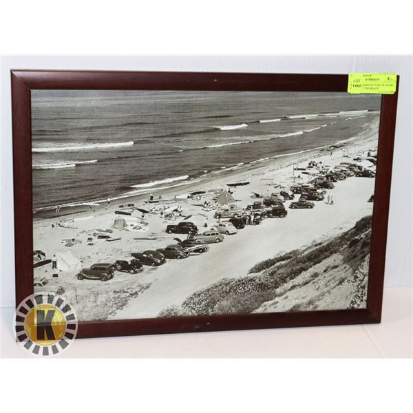 WOOD FRAMED PICTURE /W GLASS – PEOPLE AT THE BEACH