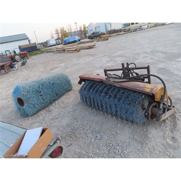 """Skid Steer Mount """"Trackless Vehicle"""" 60"""" Hyd Sweep w Extra Brush"""
