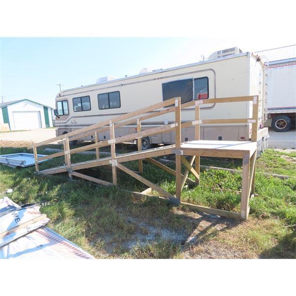 """Treated Lumber Wheel Chair Ramp, Slope & Platform 19.5' W 39"""" H Platform 41"""" Rise"""