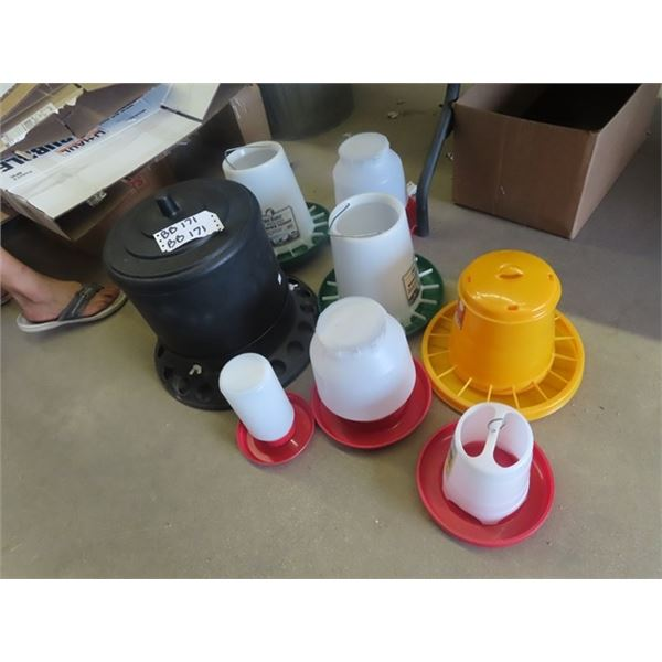 8 Poly Chicken Feeders