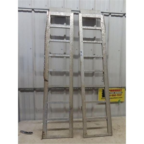 2 Aluminum Loading Ramps