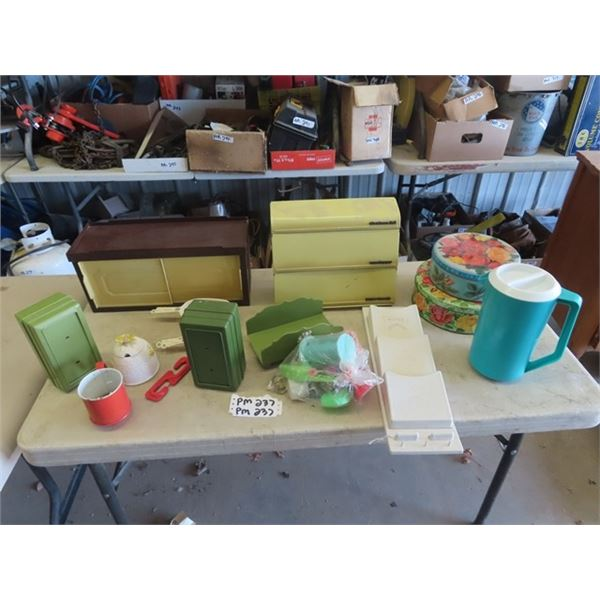 Retro Kitchen, Items, Napkin Dispenser, Wrap Paper Dispenser, Letter Holder Plus More!