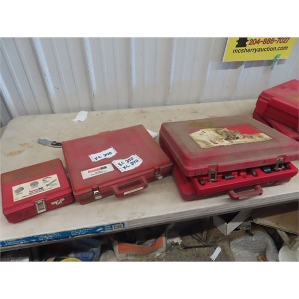 3 Auto Repair Kits (FORD) 1) Oil Line Disconnect tool 1) Rear Axle Service Set 1) Essential Service