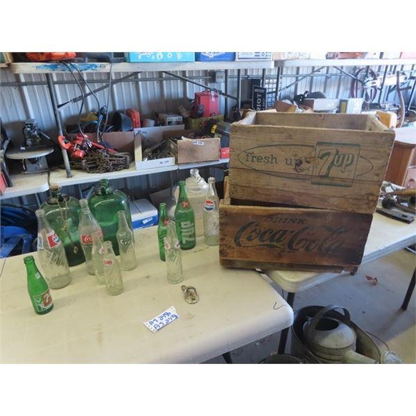 Coca Cola Crate & 7 Up & Pop Bottle