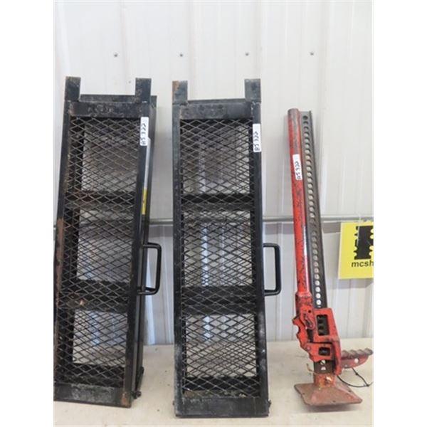 Set of Folding Steel Ramps & Jack All