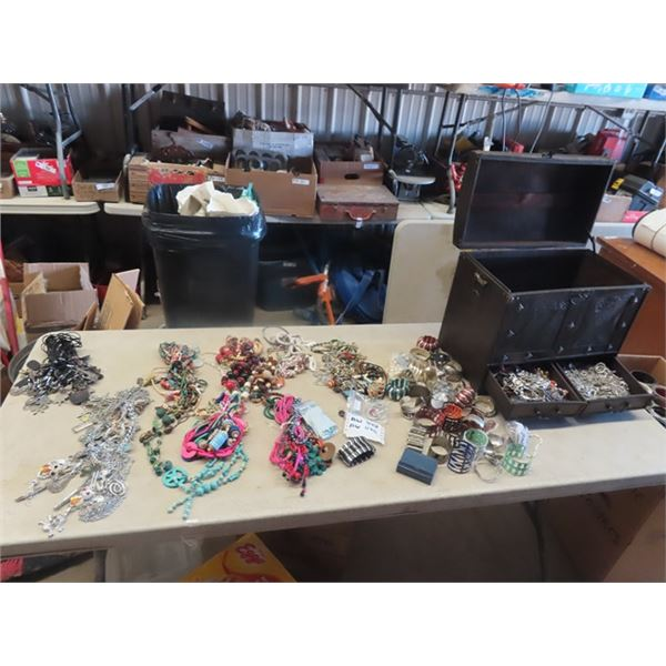 Large Amount of Costume Jewellery, w Jewellery Box