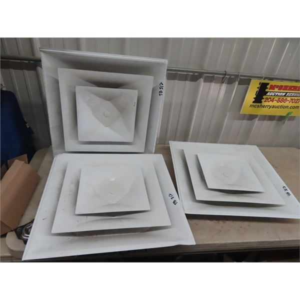 "3 Vents 24"" x 24"" & Slider Window- 38"" X 27"" - Clear Half & Solid Half"
