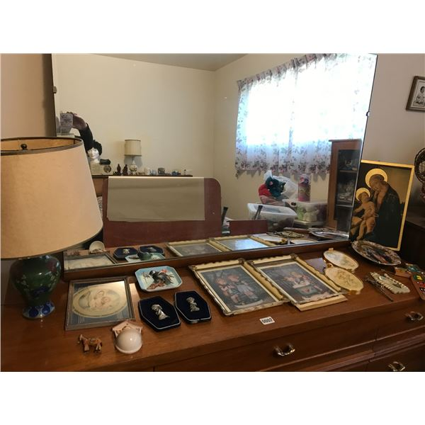 Assorted Pictures & Lamp