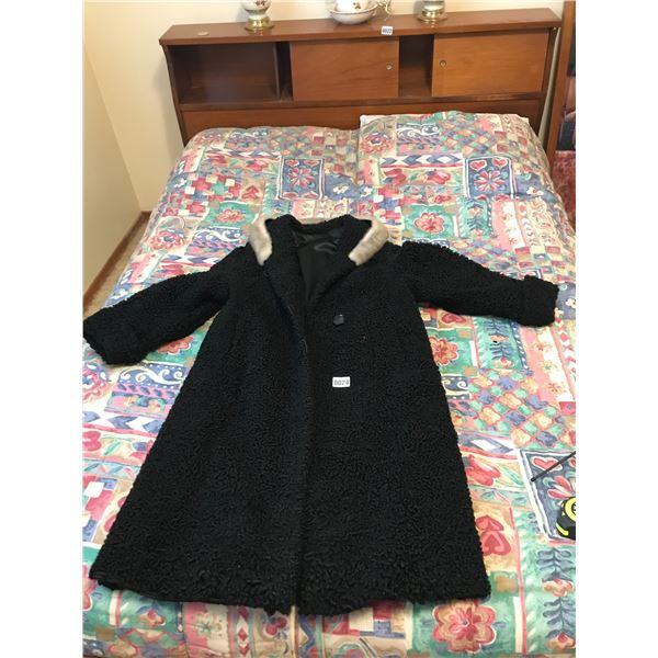 Vintage Lambswool Coat with Fur Collar