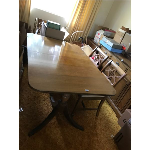 Vintage Wood Dining Room Table & 5 Chairs